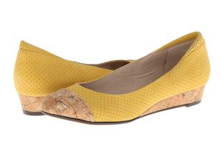 Donald J Pliner Julie Womens Wedge Shoes (Yellow)